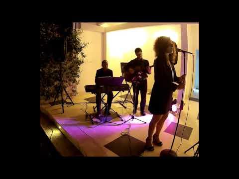 #Ama2uo - Anna Marino Acoustic Duo Duo Acustico Chitarra e Voce / Napoli Musiqua