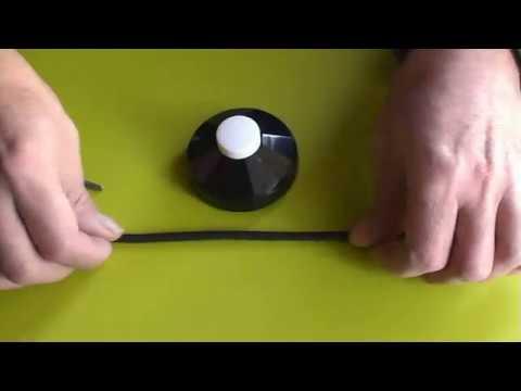 Poner un interruptor de pié en el cable de una lámpara
