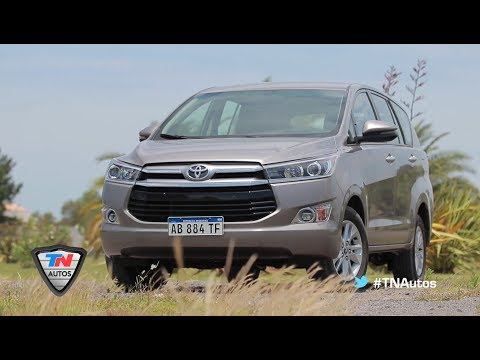 Toyota Innova - Test - Matías Antico - TN Autos