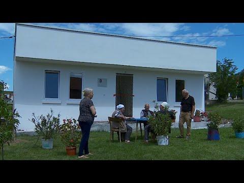 """Shoqata """"Feniks"""" përuron shtëpinë e 270-të - 10 Qershor 2020 - RTV TEMA"""