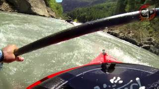 preview picture of video 'Kayak Aguas Bravas: Rio Ésera Tramo Campo-Pirámides (III/IV)'