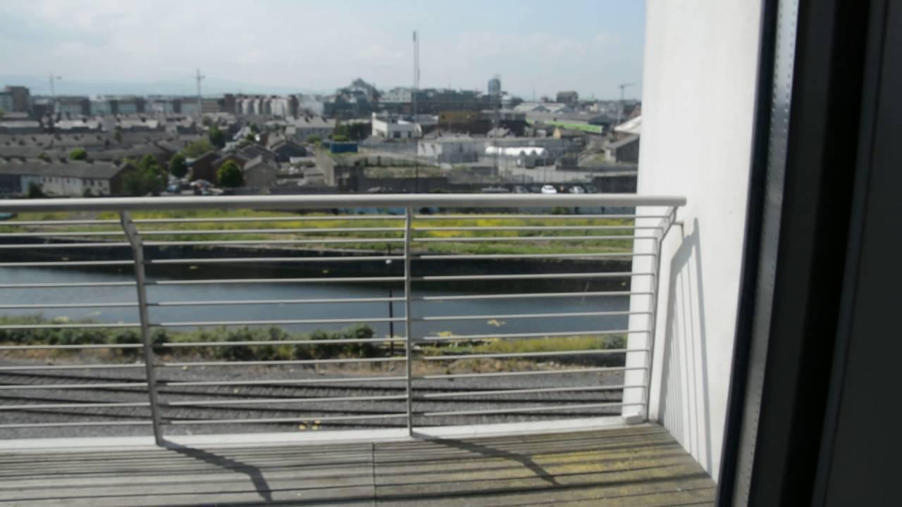 Modern 3-pièces avec terrasse et vue à Wall East