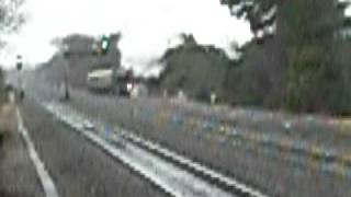 preview picture of video '5043 Earl of Mount Edgcumbe passes through Taplow on 13/12/08'