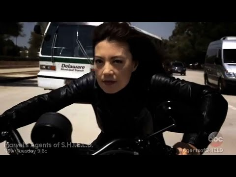 Marvel's Agents of S.H.I.E.L.D. 2.02 (Clip 'Melinda May in Pursuit of Absorbing Man')