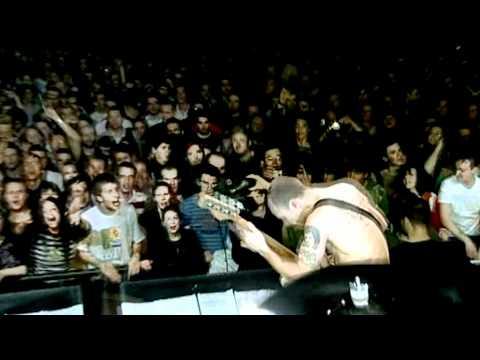 Red Hot Chili Peppers - Dani California - Live at La Cigale