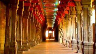 Madurai Meenakshi temple Corridor, Tamilnadu