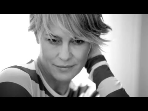 Behind the scenes: Robin Wright for Harper's Bazaar April 2016