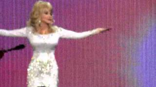 Dolly Parton - Walking on Sunshine / Shine Like the Sun (Better Day Tour - Atlanta)