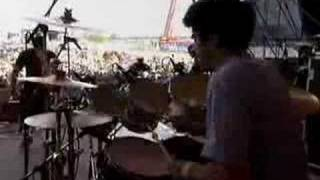 dredg-the_canyon_behind_her_(live_-_rock_am_ring_05-17-02)