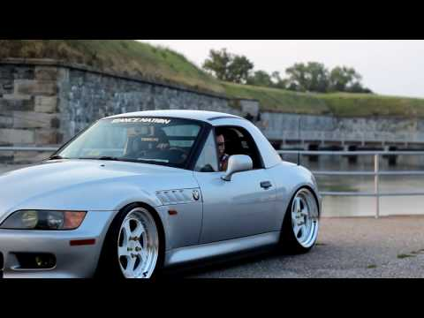 Brad's BMW Z3 | ESR Wheels
