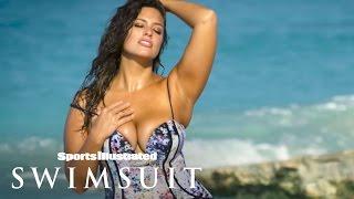 Ashley Graham's Photo Reflection | Sports Illustrated Swimsuit