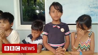 Cambodias Rubbish School Where Kids Pay With Plastic - BBC News