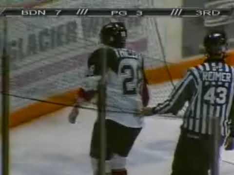 Jordan Hale vs. Garrett Thiessen