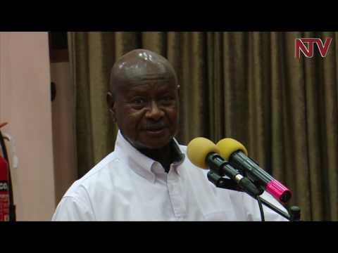 Museveni asabye abasawo okukomya okwekalakaasa