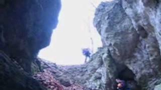 preview picture of video 'podolsztynskie jaskinie'