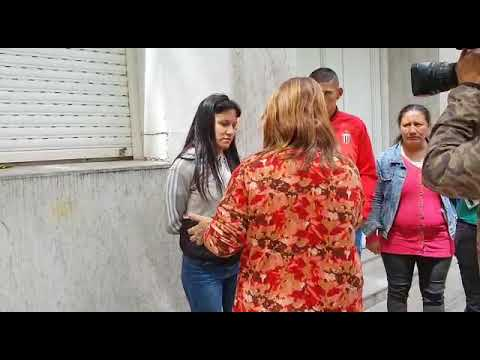 Así salían de declarar en fiscalía Romina y Martín