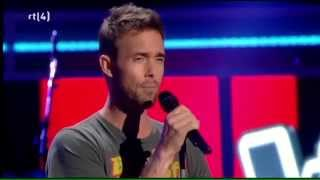 парень нереально круто поет!!! самый красивый голос в мире!!! Charly Luske   It