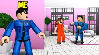 Cop Arrested My Girlfriend.. He Secretly Had A CRUSH On Her! (Roblox Bloxburg)