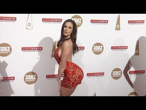 Kendra Lust 2016 XBIZ Awards Red Carpet