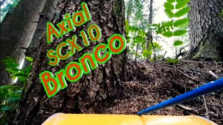 #RC #AXIAL #SCX10 #BRONCO driving through the woods FPV style fun in the mountains. Oregon
