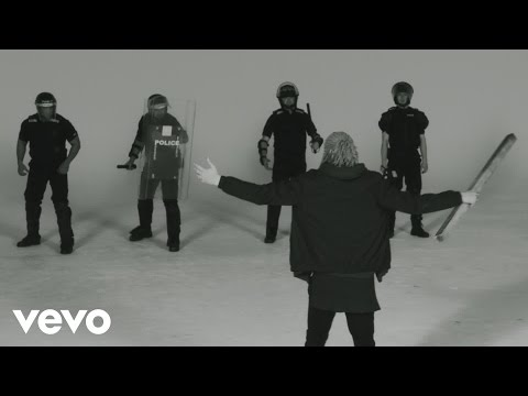 Música Control (feat. Slaves)