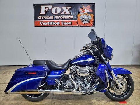 2010 Harley-Davidson CVO™ Street Glide® in Sandusky, Ohio - Video 1