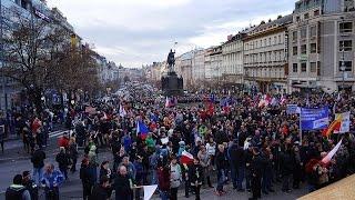 17. listopad v Praze - křížem, krážem