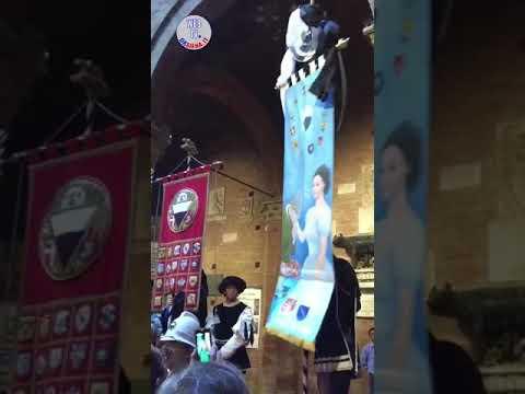 Presentazione drappellone palio straordinario 2018
