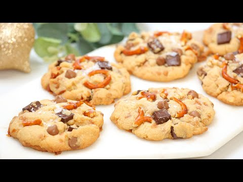 BEST-EVER Christmas Cookies | Dark Chocolate, Milk Chocolate, Toffee & Pretzels | Edible Gift Idea!