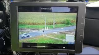 Wideo1: 37 wykroczeń w ciągu 3 godzin uchwycił policyjny dron na przejeździe kolejowym w Karcu