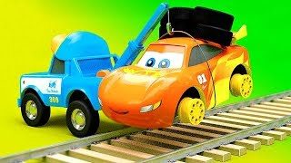 Cars Change Wheels For Railroad Ride - Funny Car Railroad Stories