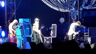 RED HOT CHILI PEPPERS in SUMMER SONIC 2011: Factory of Faith