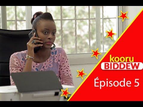 Kooru Biddew – Saison 2 – Épisode 5 avec Badiène de Un café avec et Daro de Dinama Nekh