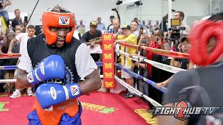 Floyd Mayweather vs. Andre Berto-Complete Mayweather sparring video