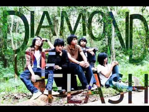 DIAMOND OF FLASH - MENANTI ALCORE BIG FAMS JAKARTA INDONESIA