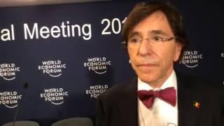 """Elio di Rupo: """"La recherche doit être préservée"""" Video Preview Image"""