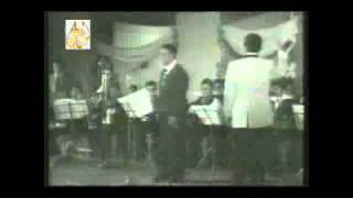 تحميل و مشاهدة كارم محمود أمجاد يا عرب أمجاد MP3