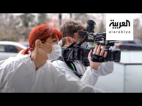 العرب اليوم - شاهد: وفاة 55 صحفيًا في 23 دولة أثناء تغطية الأزمة خلال شهرين
