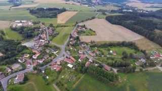 Letecký pohled na rodinný dům ve Štipoklasech u Kutné Hory