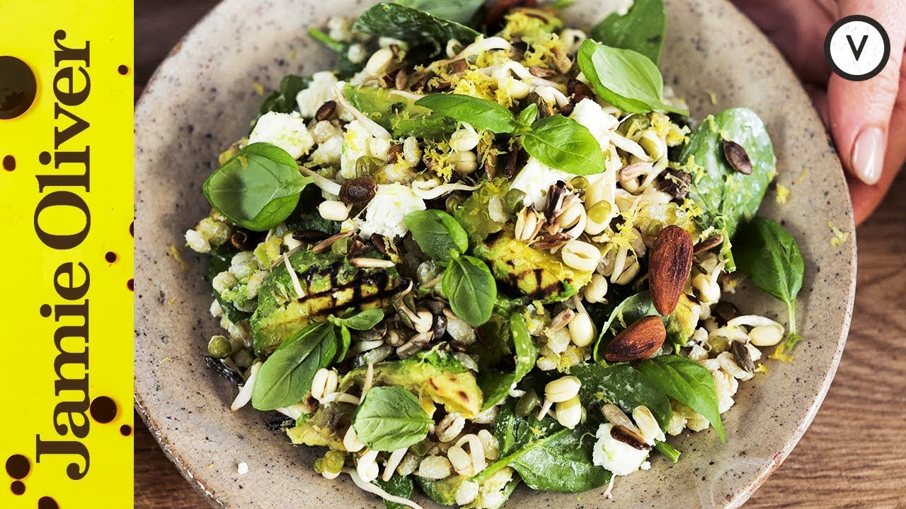 The Healthiest Salad You'll Eat This Week