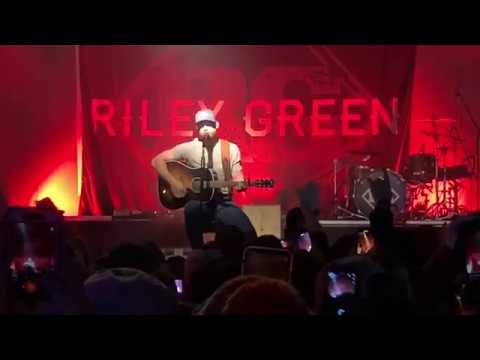 Riley Green -- I wish grandpas never died, Live from Touch of Texas, Binghamton, NY, Dec 13, 2019