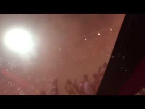 """Salida del Glorioso Rojinegro LDA Final 23-12-15"" Barra: La 12 • Club: Alajuelense"