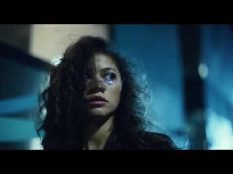 """""""Euphoria"""" et Zendaya de retour dans un épisode spécial au sombre trailer"""