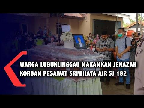 Warga Lubuklinggau Makamkan Jenazah Korban Pesawat Sriwijaya Air SJ 182