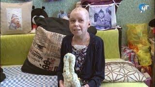 Футболист сборной России Фёдор Смолов пожертвовал деньги на лечение новгородской «девушки-бабочки»