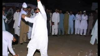 preview picture of video 'Sardar Nadeem Arshad Khan of Dhok Sherfa dist. Attock wedding , Gana , great Luddi Super dance .3'