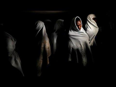 العرب اليوم - شاهد: انقسام أوروبي بشأن الاتفاق الأممي بشأن الهجرة في مؤتمر مراكش