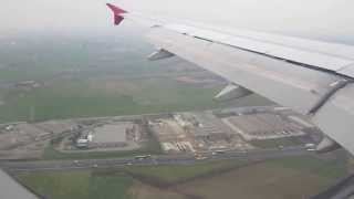 preview picture of video 'Lądowanie w Bergamo-Lotnisko Orio al Serio(Landing in Bergamo- Oria al Serio Airport)'