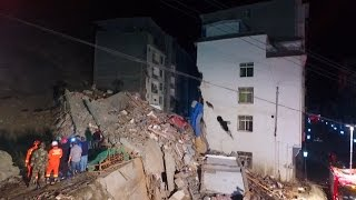 Building collapse kills six after NW China landslide