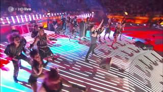 """""""We Will Rock You"""" - Ensemble des Musicals on ZDF-Wetten-Dass 2013"""